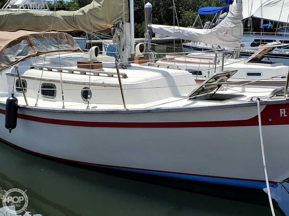 1982 Southern Cross boat for sale, model of the boat is 28 & Image # 17 of 40