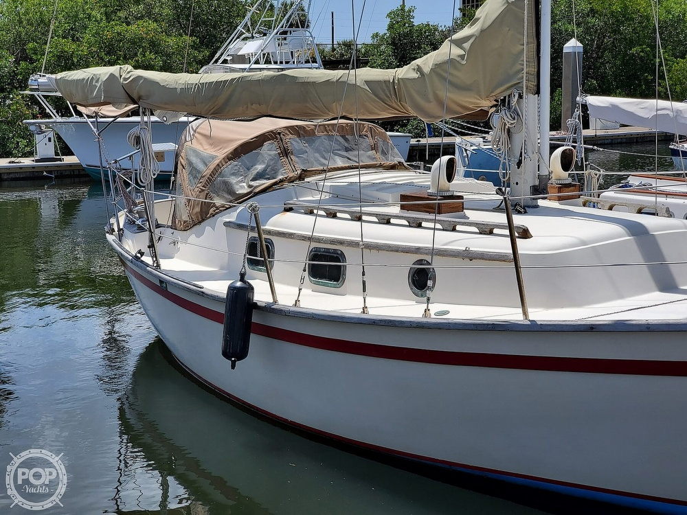 1982 Southern Cross boat for sale, model of the boat is 28 & Image # 18 of 40