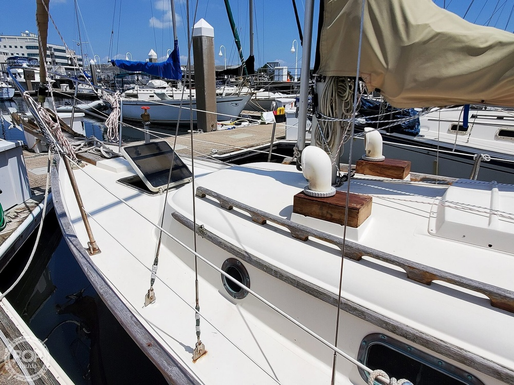 1982 Southern Cross boat for sale, model of the boat is 28 & Image # 27 of 40