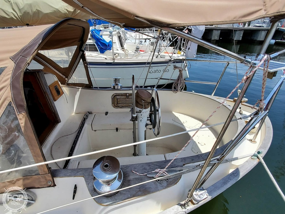 1982 Southern Cross boat for sale, model of the boat is 28 & Image # 36 of 40
