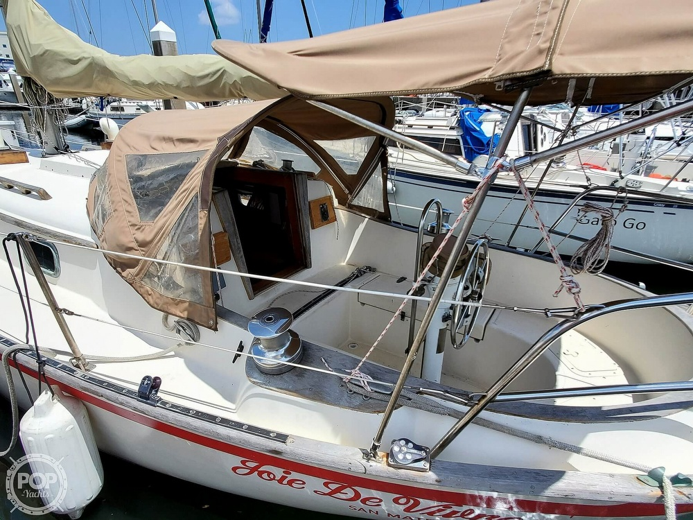 1982 Southern Cross boat for sale, model of the boat is 28 & Image # 37 of 40