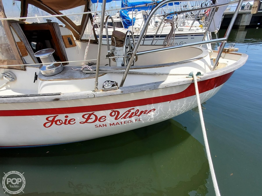 1982 Southern Cross boat for sale, model of the boat is 28 & Image # 38 of 40