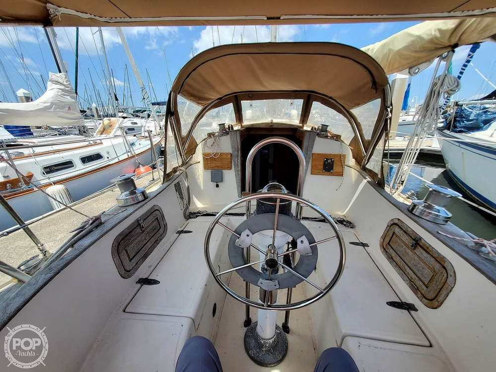 1982 Southern Cross boat for sale, model of the boat is 28 & Image # 6 of 40