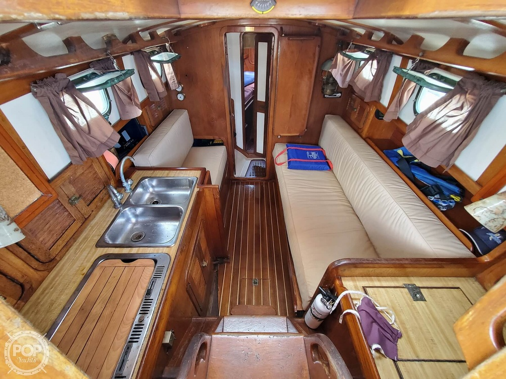1982 Southern Cross boat for sale, model of the boat is 28 & Image # 7 of 40