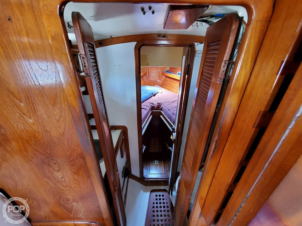 1982 Southern Cross boat for sale, model of the boat is 28 & Image # 9 of 40