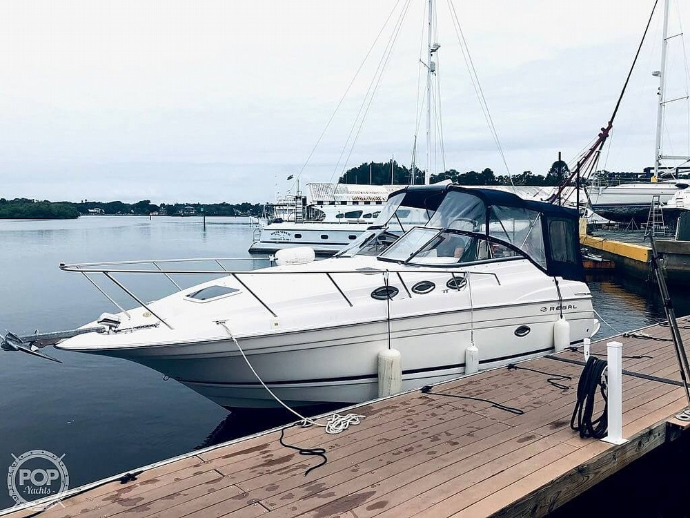 2006 Regal boat for sale, model of the boat is 2765 Commodore & Image # 2 of 40