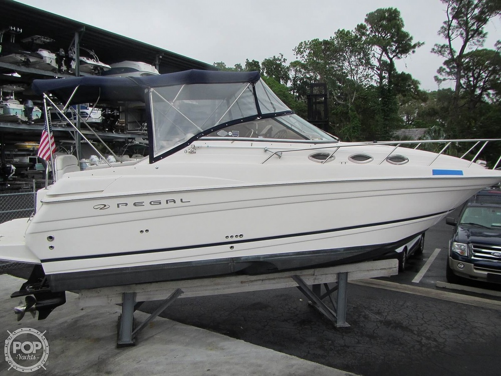 2006 Regal boat for sale, model of the boat is 2765 Commodore & Image # 15 of 40