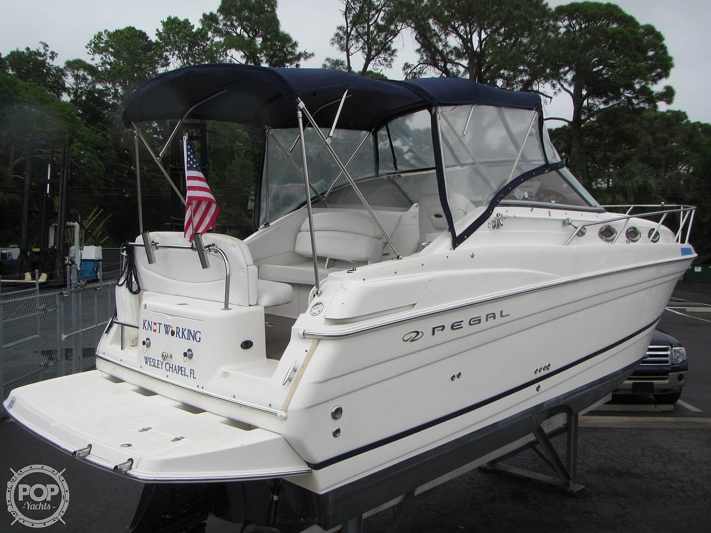 2006 Regal boat for sale, model of the boat is 2765 Commodore & Image # 4 of 40