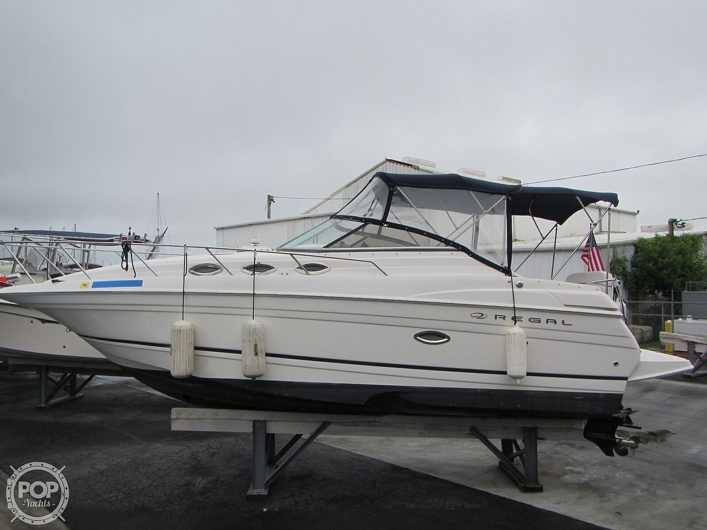 2006 Regal boat for sale, model of the boat is 2765 Commodore & Image # 19 of 40
