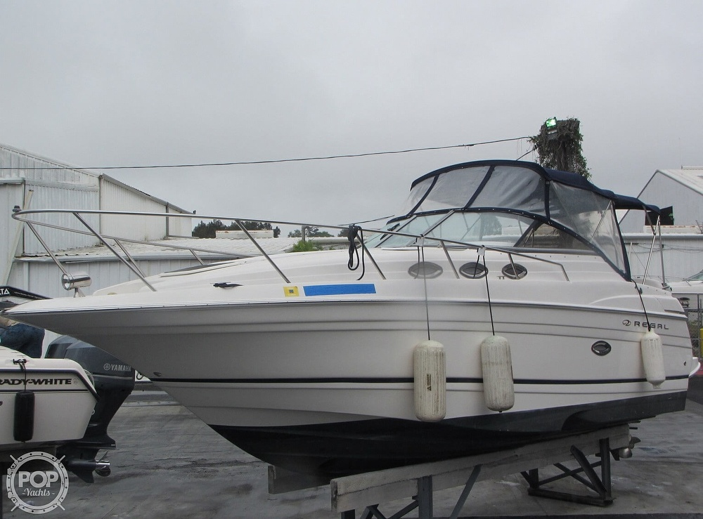 2006 Regal boat for sale, model of the boat is 2765 Commodore & Image # 20 of 40