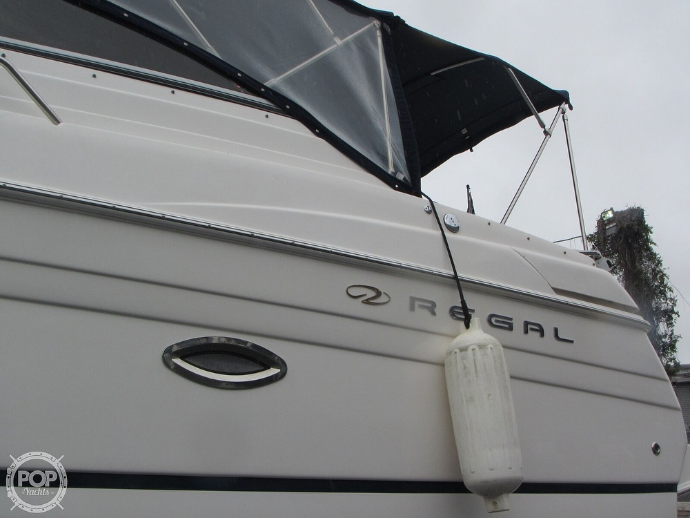 2006 Regal boat for sale, model of the boat is 2765 Commodore & Image # 28 of 40