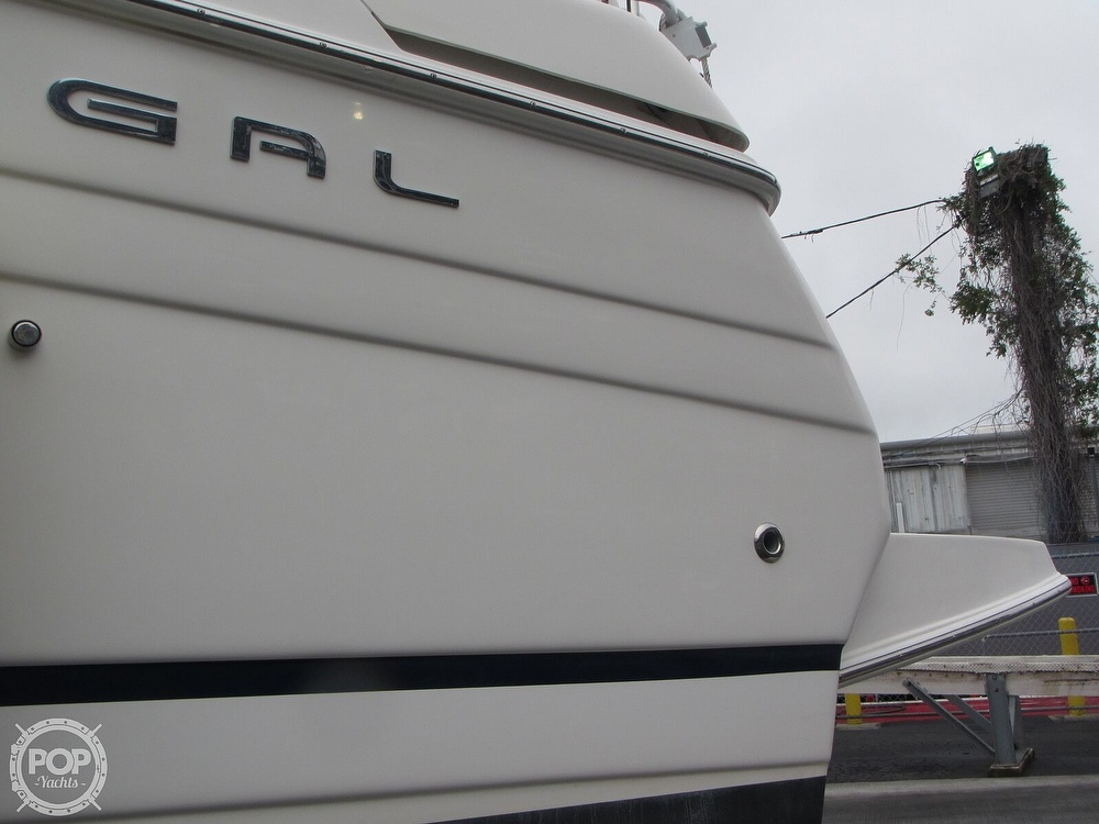 2006 Regal boat for sale, model of the boat is 2765 Commodore & Image # 29 of 40
