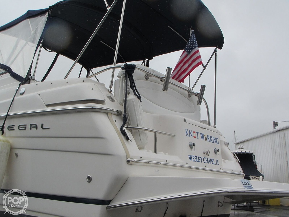 2006 Regal boat for sale, model of the boat is 2765 Commodore & Image # 31 of 40