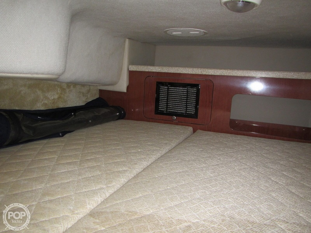 2006 Regal boat for sale, model of the boat is 2765 Commodore & Image # 5 of 40