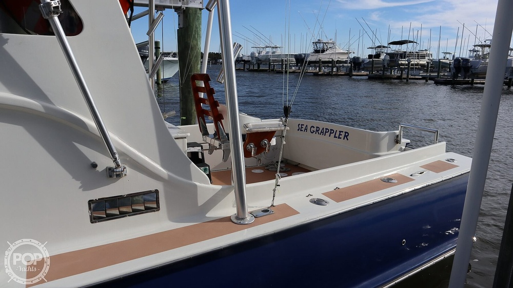 2008 Custom boat for sale, model of the boat is 32ft Diesel Sport fisherman & Image # 13 of 40