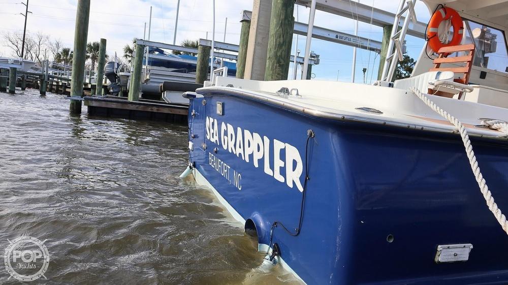 2008 Custom boat for sale, model of the boat is 32ft Diesel Sport fisherman & Image # 24 of 40