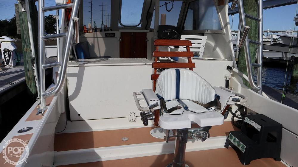 2008 Custom boat for sale, model of the boat is 32ft Diesel Sport fisherman & Image # 33 of 40