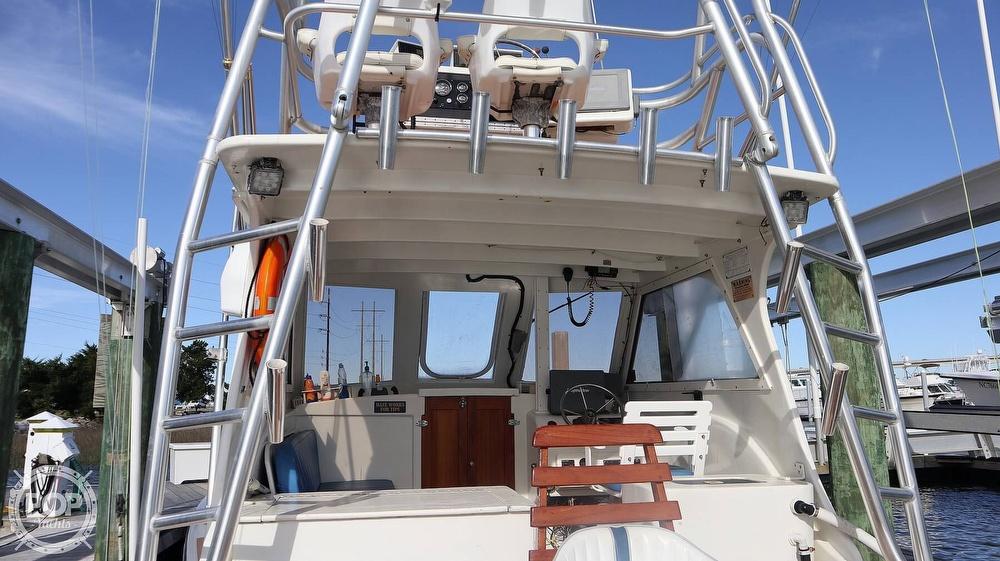 2008 Custom boat for sale, model of the boat is 32ft Diesel Sport fisherman & Image # 34 of 40