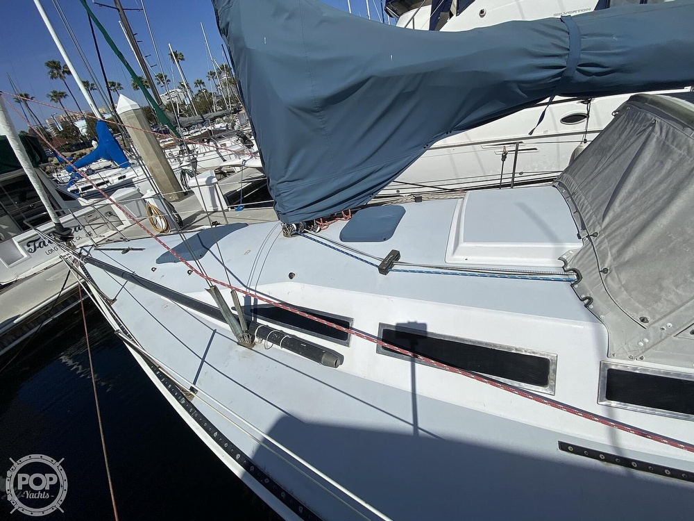 1985 Wilderness Yachts boat for sale, model of the boat is 40 Mull Wilderness & Image # 4 of 40