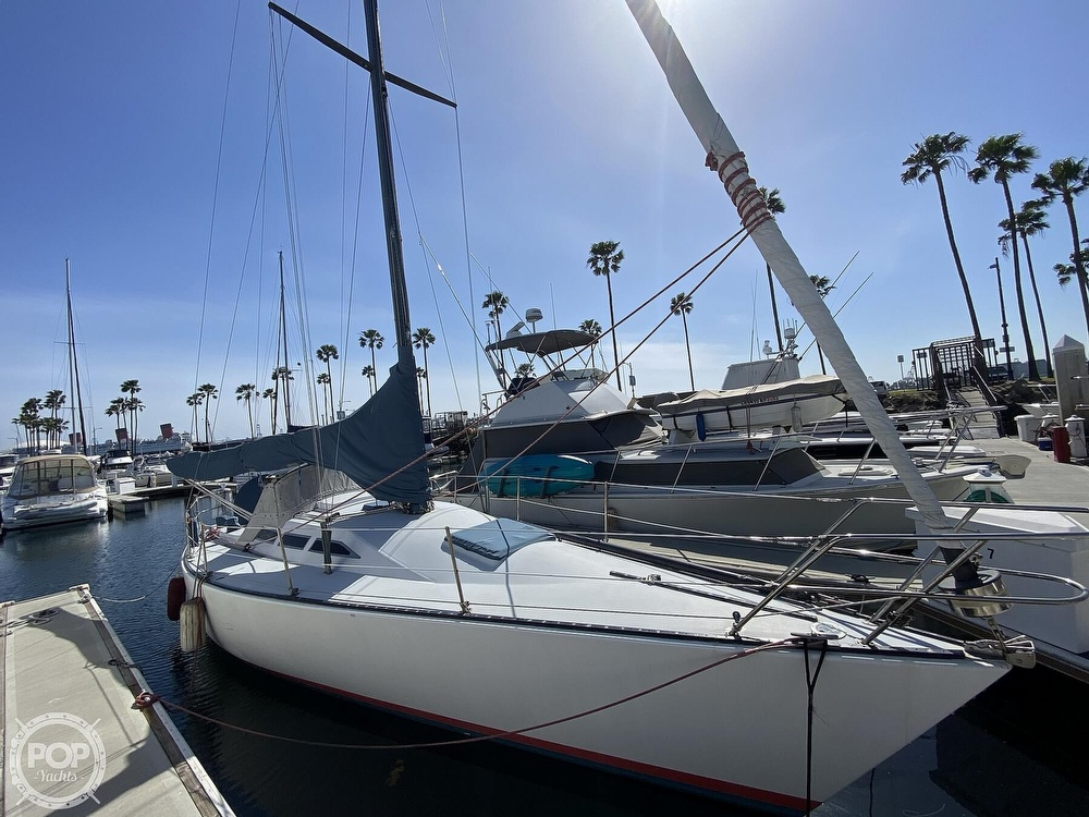 1985 Wilderness Yachts boat for sale, model of the boat is 40 Mull Wilderness & Image # 2 of 40