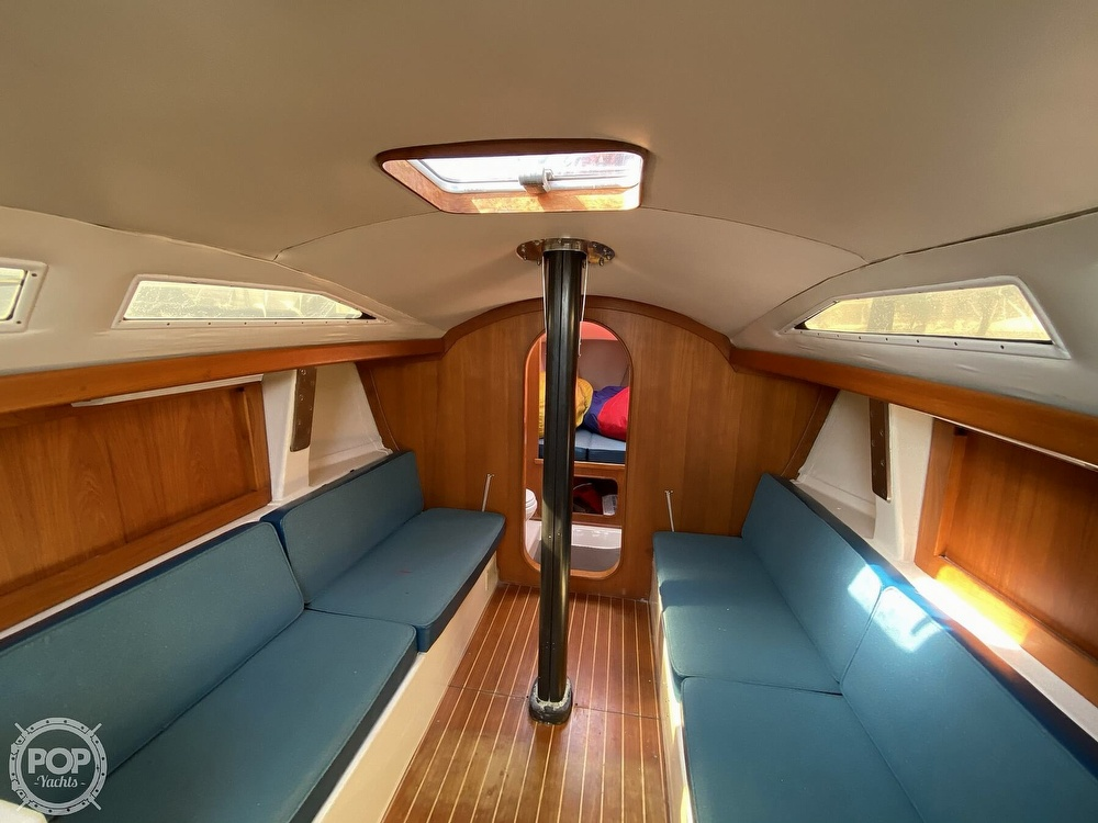 1985 Wilderness Yachts boat for sale, model of the boat is 40 Mull Wilderness & Image # 17 of 40