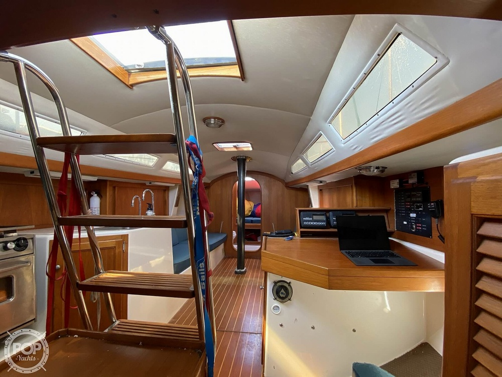 1985 Wilderness Yachts boat for sale, model of the boat is 40 Mull Wilderness & Image # 26 of 40