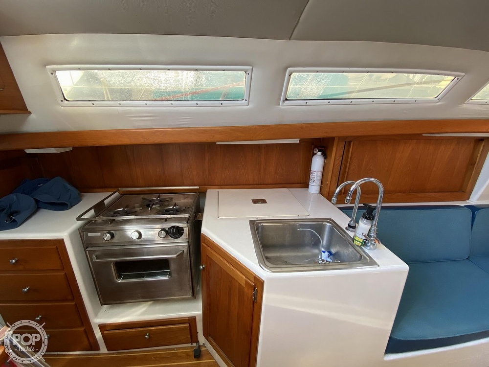 1985 Wilderness Yachts boat for sale, model of the boat is 40 Mull Wilderness & Image # 35 of 40