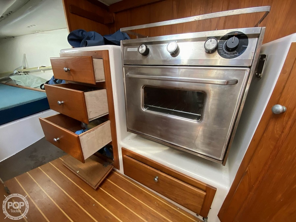 1985 Wilderness Yachts boat for sale, model of the boat is 40 Mull Wilderness & Image # 40 of 40