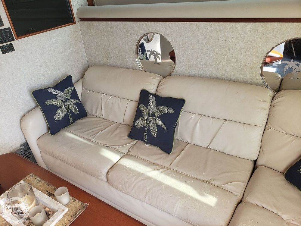 1989 Cruisers Yachts boat for sale, model of the boat is 4280 Express Bridge & Image # 20 of 40