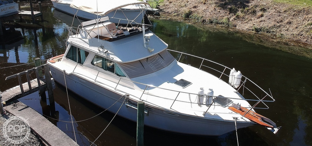 1982 Sea Ray boat for sale, model of the boat is 355T & Image # 12 of 40