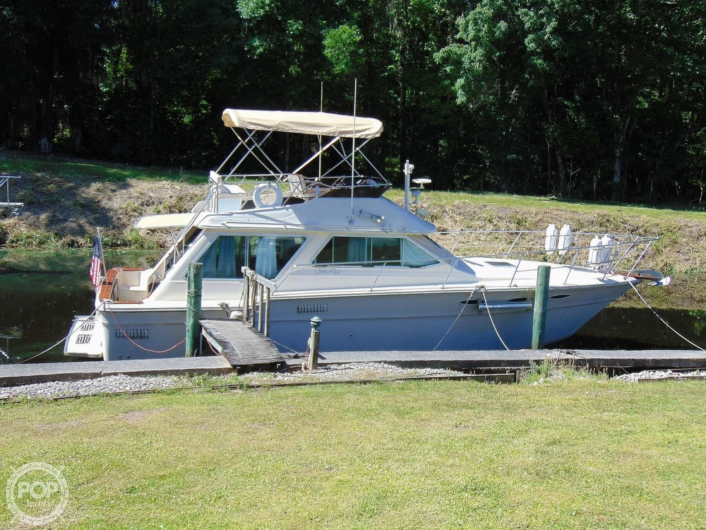 1982 Sea Ray boat for sale, model of the boat is 355T & Image # 23 of 40