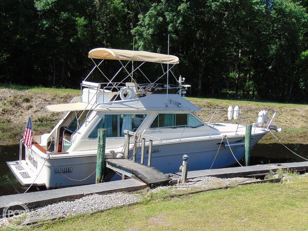 1982 Sea Ray boat for sale, model of the boat is 355T & Image # 24 of 40