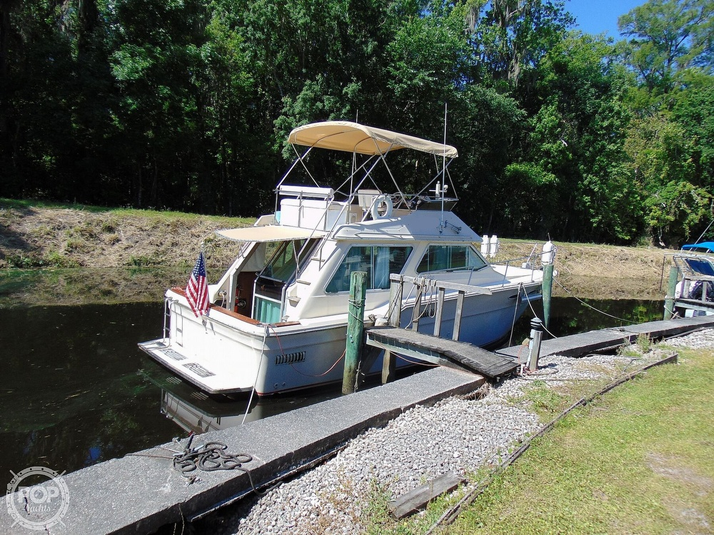 1982 Sea Ray boat for sale, model of the boat is 355T & Image # 25 of 40