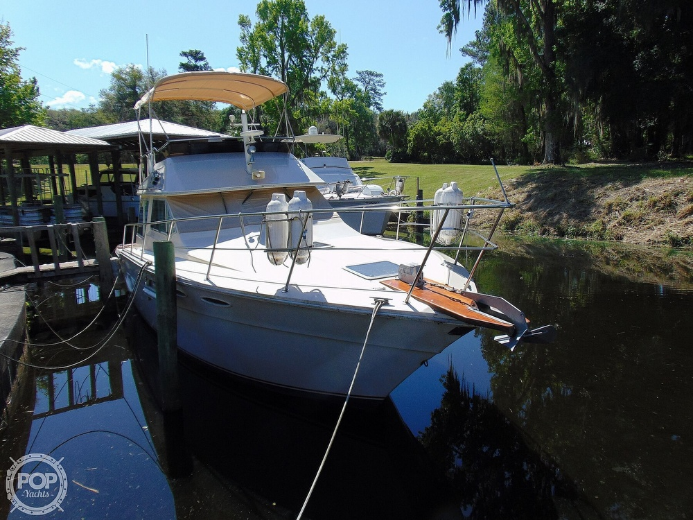 1982 Sea Ray boat for sale, model of the boat is 355T & Image # 31 of 40