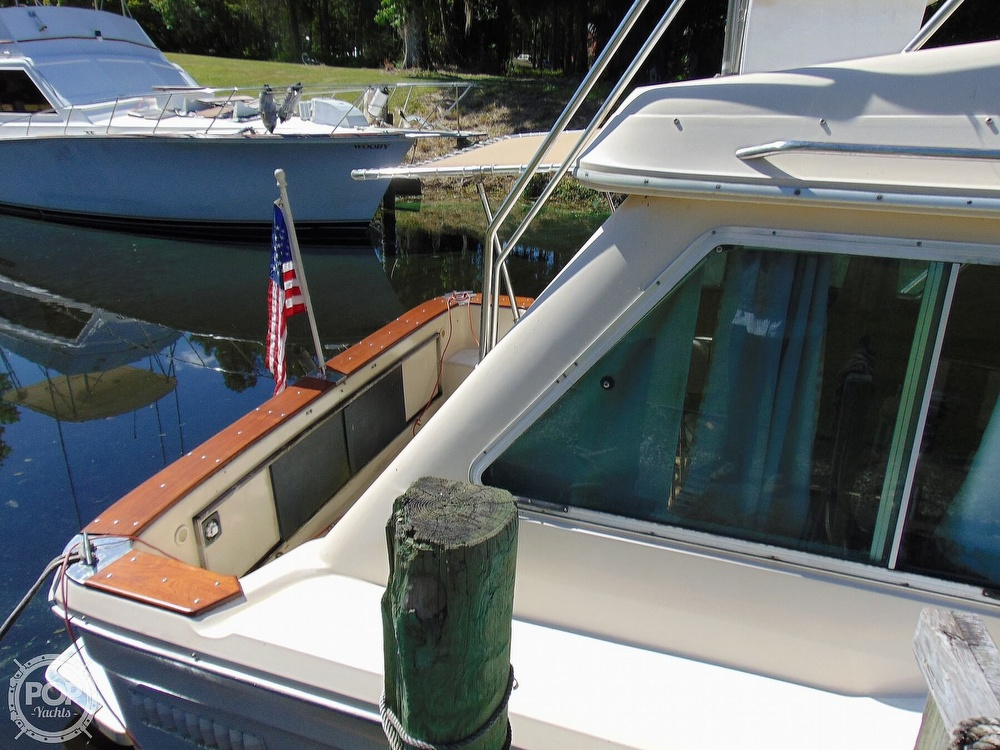 1982 Sea Ray boat for sale, model of the boat is 355T & Image # 33 of 40