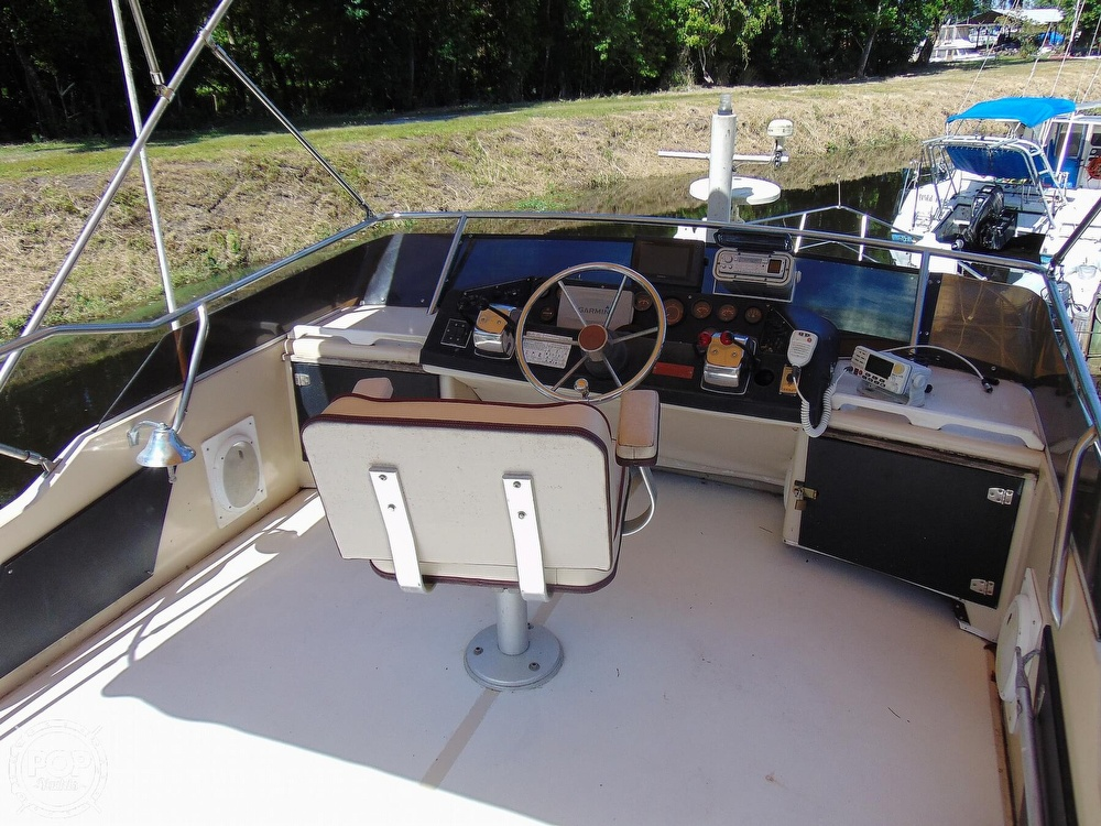 1982 Sea Ray boat for sale, model of the boat is 355T & Image # 3 of 40