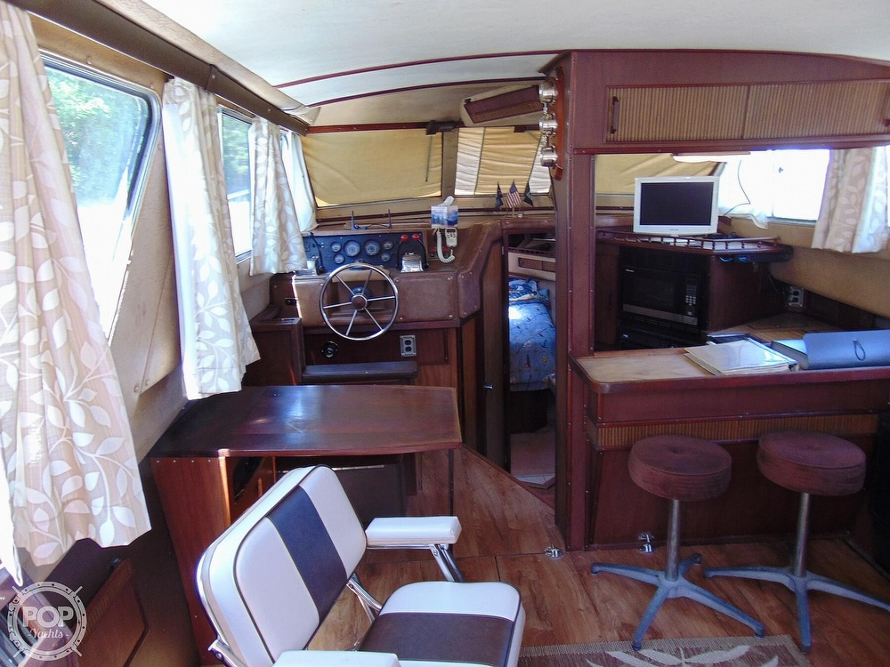 1982 Sea Ray boat for sale, model of the boat is 355T & Image # 6 of 40