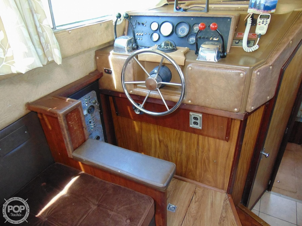 1982 Sea Ray boat for sale, model of the boat is 355T & Image # 7 of 40