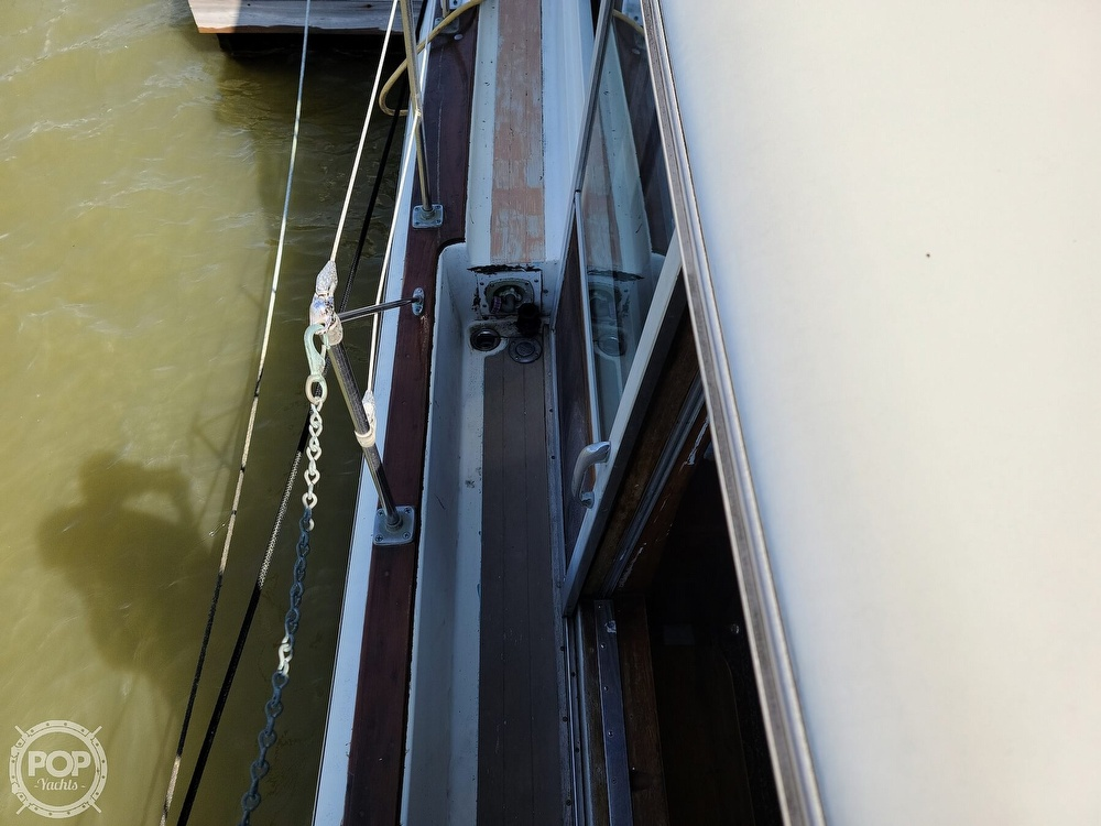 1968 Chris Craft boat for sale, model of the boat is 42 Commander & Image # 31 of 40