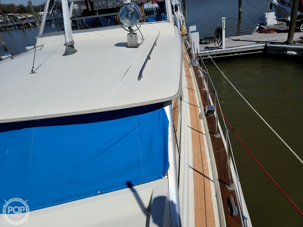 1968 Chris Craft boat for sale, model of the boat is 42 Commander & Image # 32 of 40
