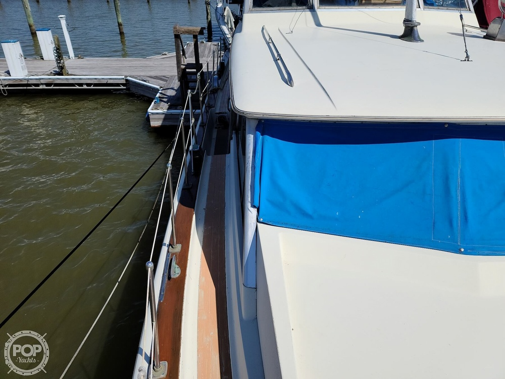 1968 Chris Craft boat for sale, model of the boat is 42 Commander & Image # 36 of 40