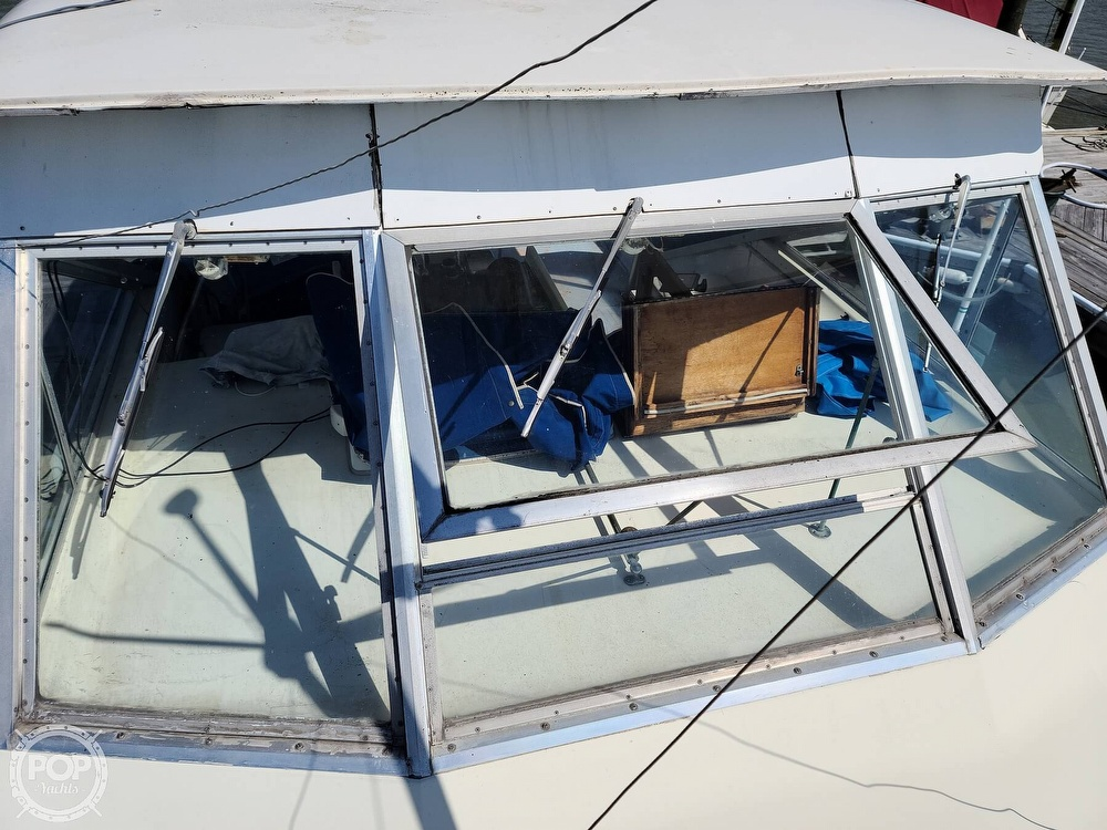 1968 Chris Craft boat for sale, model of the boat is 42 Commander & Image # 39 of 40