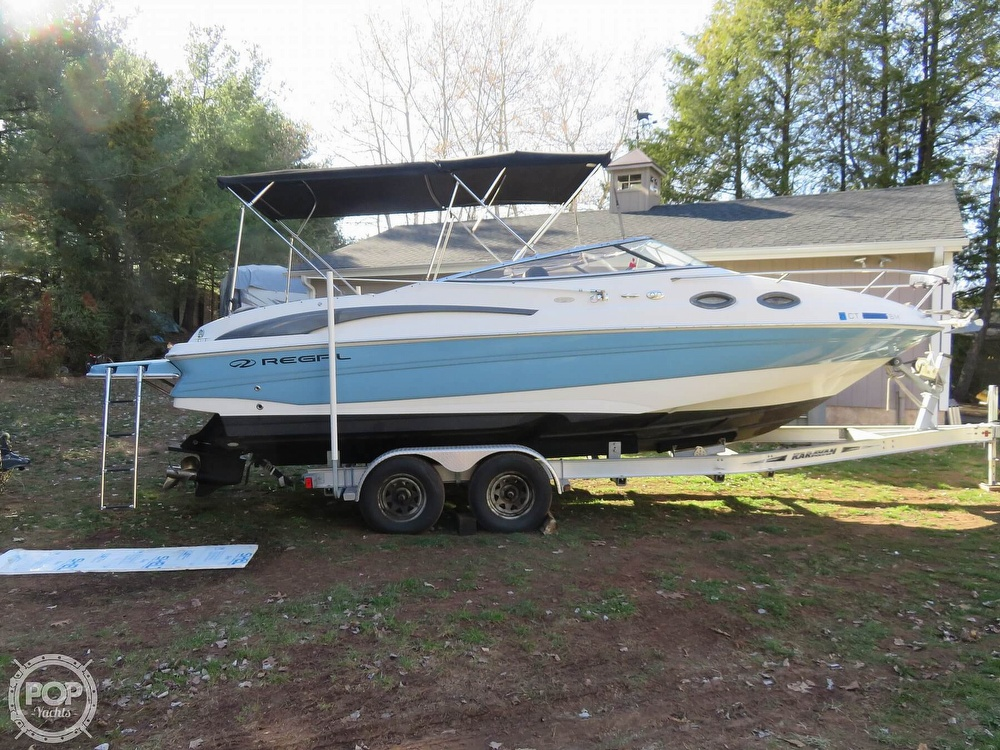 2002 Regal boat for sale, model of the boat is 2650 LSC & Image # 10 of 40