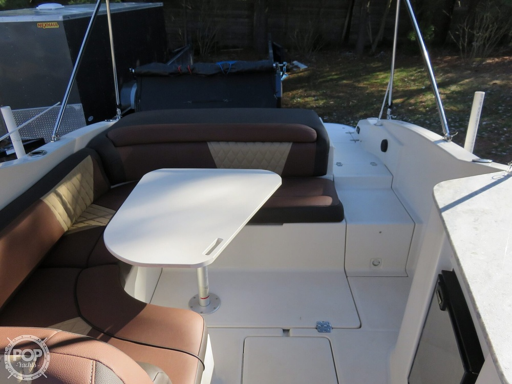 2002 Regal boat for sale, model of the boat is 2650 LSC & Image # 14 of 40