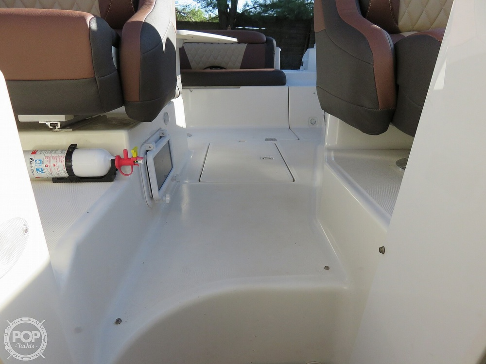 2002 Regal boat for sale, model of the boat is 2650 LSC & Image # 24 of 40