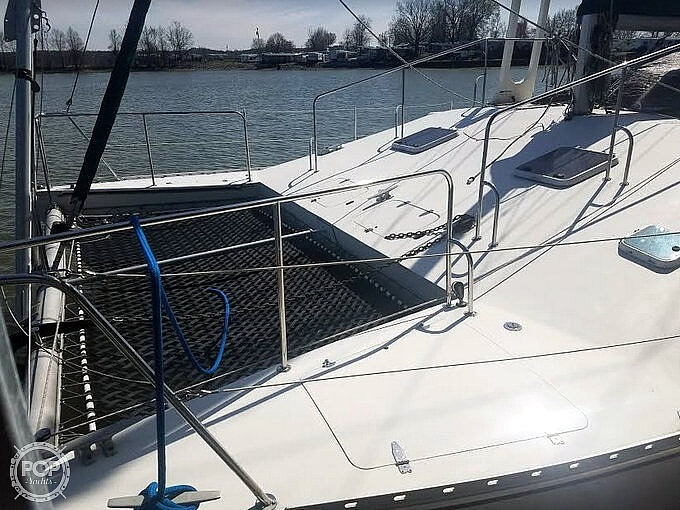 1988 Banshee boat for sale, model of the boat is 35 & Image # 19 of 32