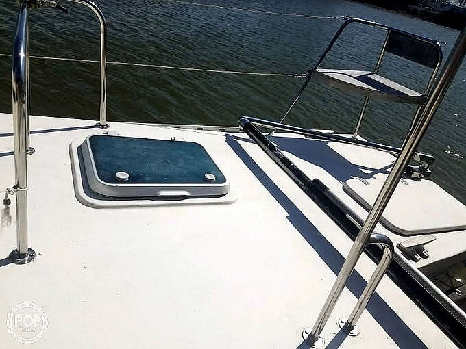 1988 Banshee boat for sale, model of the boat is 35 & Image # 27 of 32