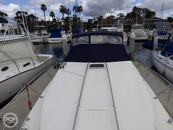 1986 Sea Ray boat for sale, model of the boat is 340 Sundancer & Image # 32 of 40