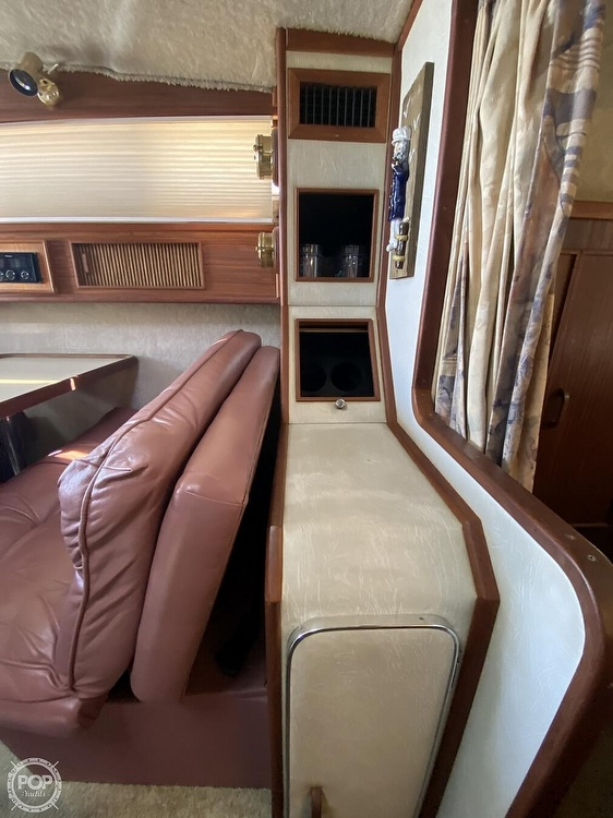 1986 Sea Ray boat for sale, model of the boat is 340 Sundancer & Image # 34 of 40