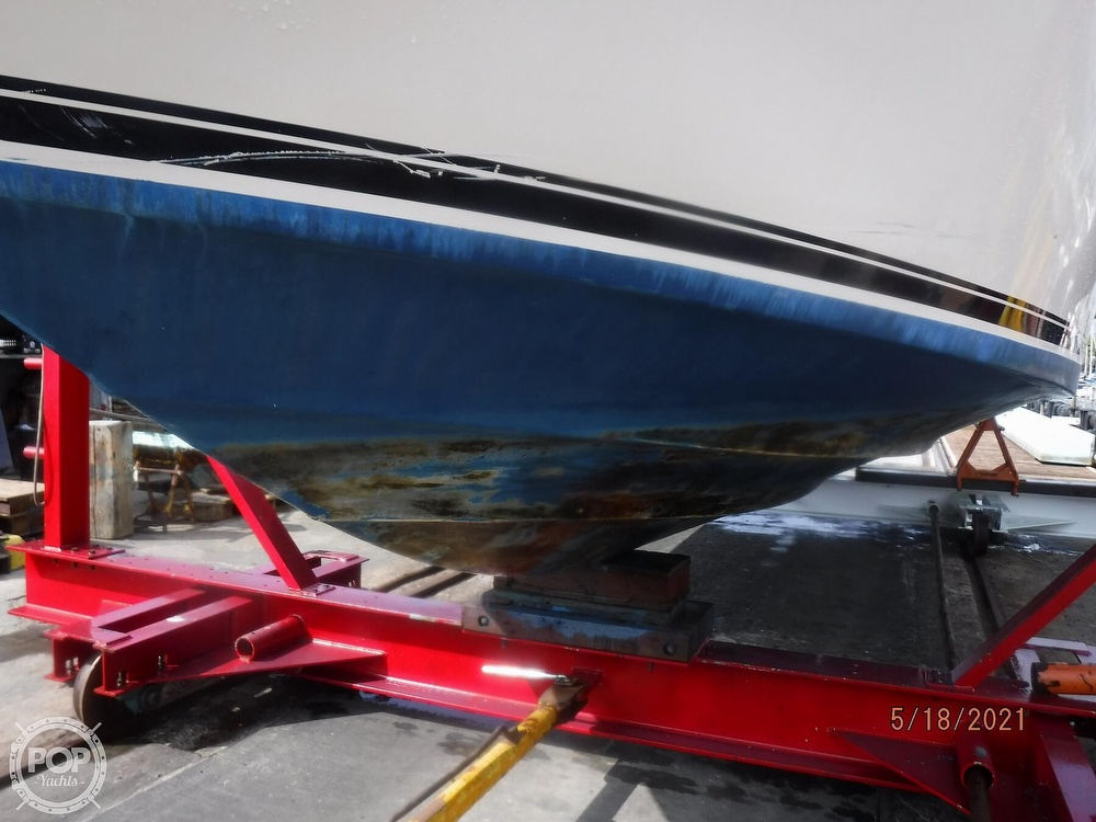 1986 Sea Ray boat for sale, model of the boat is 340 Sundancer & Image # 24 of 40